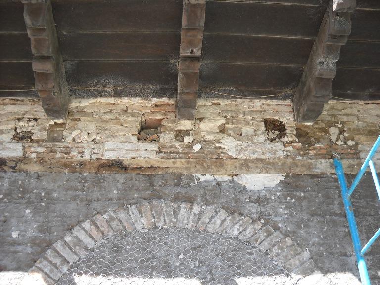 02-casa-de-los-aldao-foto-antes-de-las-obras-detalle-interior