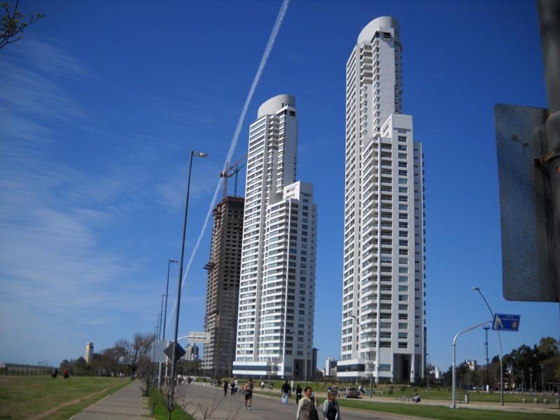 torres-dolfines-1