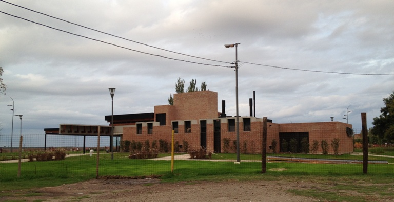 Arquitectura en espera Bar Parque Colectividades