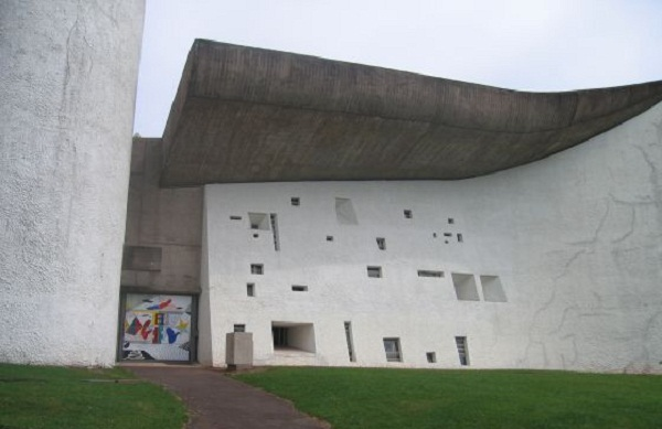 Capilla de Ronchamp Le Corbusier