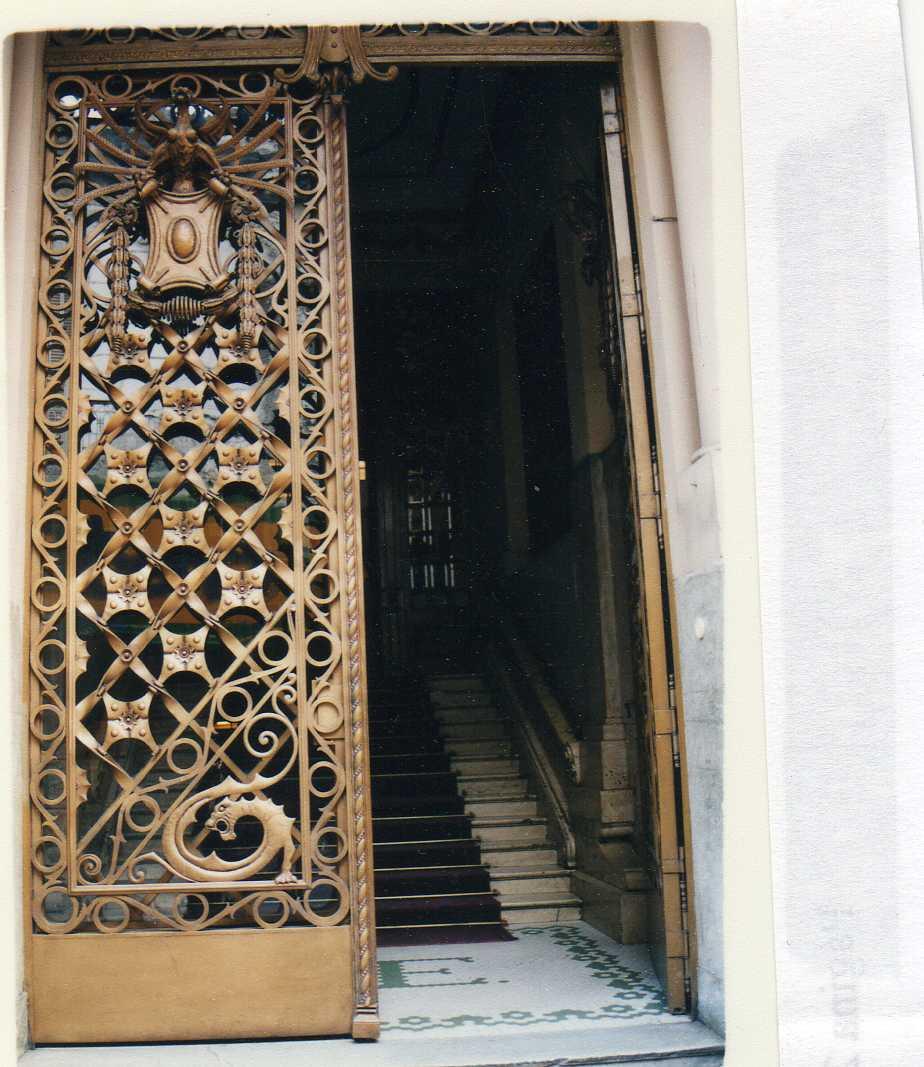 puerta-club-espa%c3%b1ol