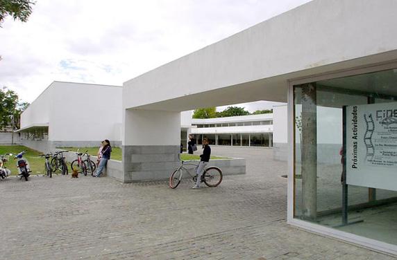 centro_municipal_distrito_sur-e