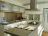 nordelta-cocina-isla-integrada-al-living