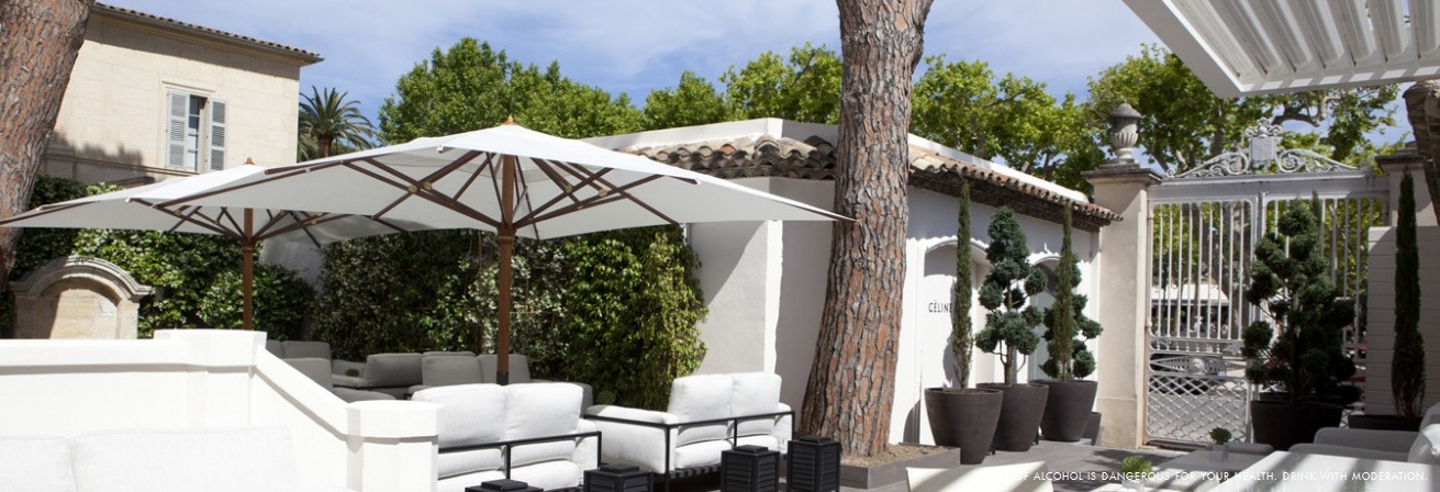 hotel-white-bar-jardin