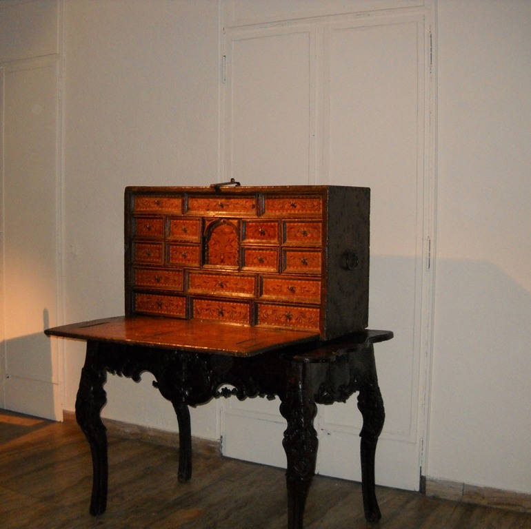 7-arte-colonial-mobiliario