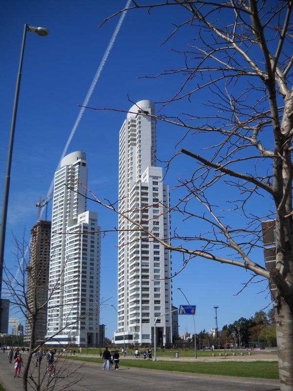 torres-dolfines
