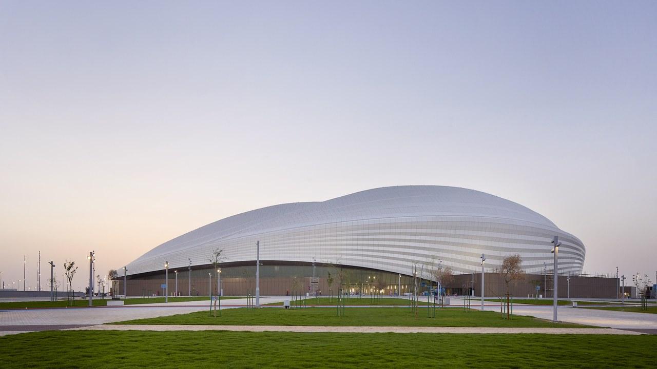 Se inauguró Al Wakrah Stadium de Zaha Hadid Architect